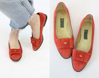 80s Gucci Flats 7.5 / 1980s Vintage Red Suede Bow Slip Ons / New York Shoes