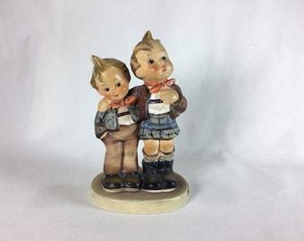 "Vintage c1939 Goebel Hummel ""Max & Moritz"" Figurine (TMK 6) W. Germany #123 EUC"