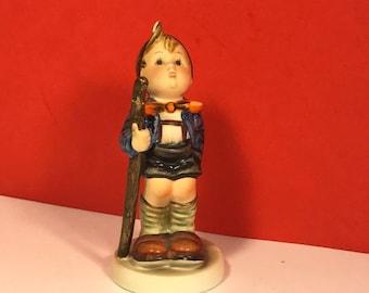 1960 HUMMEL GOEBEL FIGURINE Little Hiker Tmk-3 Stylized Bee walking stick west Germany 16 statue 2/0 retired original