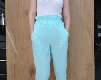 Vintage High-Waisted Pastel Cotton Pants w/ Buttons Meduim