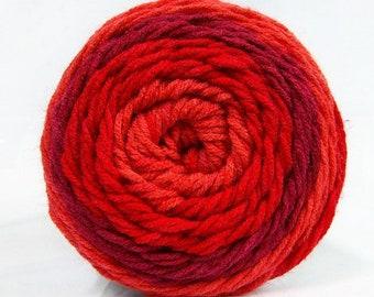 Ice Yarns - Cakes - Red shades - 100% Acrylic - 140 gram ball