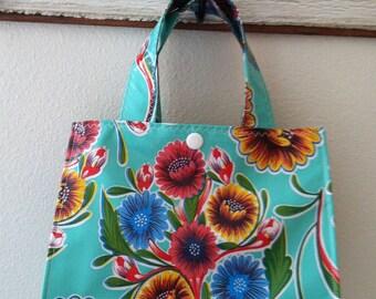 Beth's Aqua Bloom Oilcloth Lunch Box
