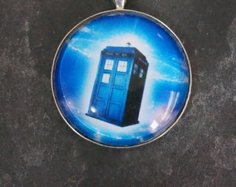 Round Glass Tile Pendant Flight of the Tardis Dr Who Blue Telephone Box Telephone Booth