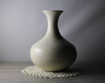 White Porcelain Skinny-Neck Vase