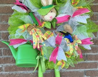 Garden Bunny, Gardener Decor, Gardener Gift, Summer Wreaths for Front Door, Bunny Decor, Outdoor Gift, Garden Wreath