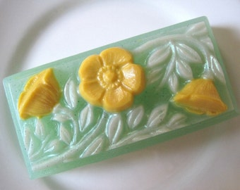 Buttercup Soap with scent of Spring Rain.....a fresh floral bouquet. Think Spring.