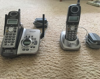 Panasonic KX-TG5632  2 cordless phone with answering machine and chargers