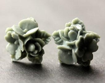 Gray Flower Cluster Earrings. Grey Flower Earrings. Silver Post Earrings. Stud Earrings. Flower Jewelry. Handmade Jewelry.