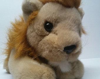 Vintage 80's plush stuffed Squeezem's purring sound Lion