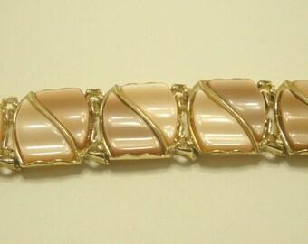 Vintage Gold Tone Tan Thermoset Bracelet (4006)