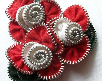 Red and White  Multi Flower Floral Brooch / Zipper Pin  - 2786