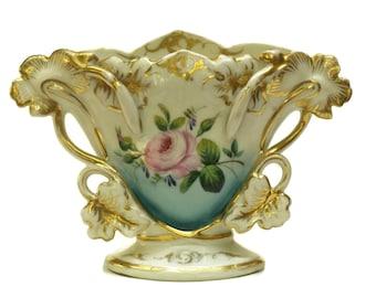 Antique Porcelain Wedding Centerpiece Vase. French Romantic Bridal Vase. Gold and White Ceramic. Napoleon III Porcelaine de Paris.