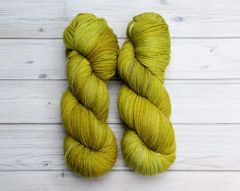 Hand dyed sock yarn // OOAK // superwash Australian merino wool // nylon // 4-ply // knitting // crochet