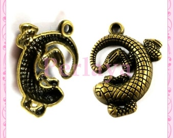 Set of 15 REF1248X3 3cm bronze lizard charms