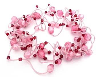 Candy Floss -- Sweet pink wavy choker with vintage glass beads