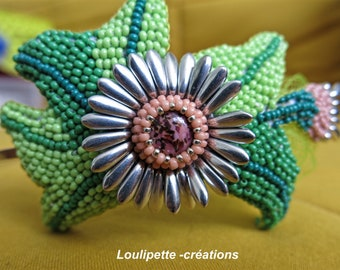Beads embroidered Daisy headband