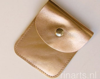 Wallet/ cardholder / slim wallet / coin case in rosé gold metallic leather. Italian metallic leather.