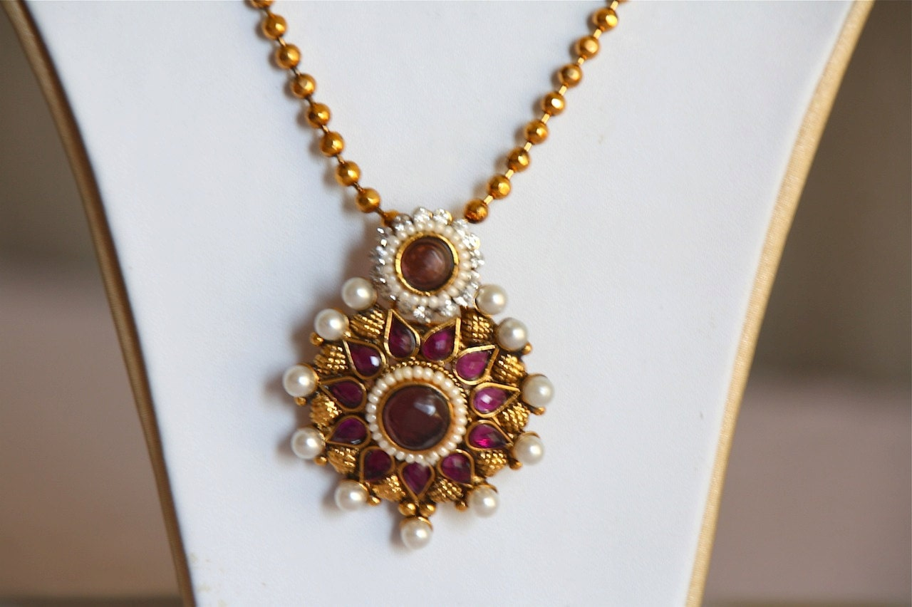 Round pearl pendant earring set indian wedding jewelry zoom mozeypictures Choice Image