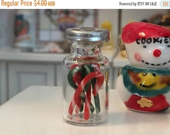 SALE Miniature Jar Filled with Candy Canes, Red and Green Candy Canes, Dollhouse Miniature, 1:12 Scale, Dollhouse Holiday Decor, Crafts