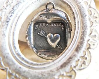 """VERLETZTES Herz, """"Es ist weh"""" Wachs Siegel Halskette Herz Pfeil, Französisch + Englisch Versionen erhältlich) Antikschmuck ~ YourDailyJewels"""