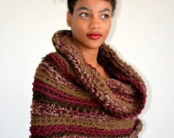 High Fashion Crochet Cowl Scarf/ Burgundy Brown Winter Cowl/ Crochet Neck Warmer/ Fall Fashion Cowl/ Gift idea/ Christmas Gift Cowl