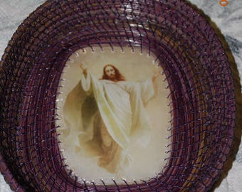 "Pine Needle Basket ""Jesus Ascending"" Medium Size"