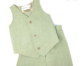 Boys Sage Green Suit, Ring Bearer Outfit, Ring Bearer Suit, Toddler Green Suit, Boys Vest and Shorts, Boys Suit, Toddler Wedding Suit,