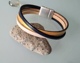 Genuine beige/gold/Blue Navy leather bracelet with magnet clasp