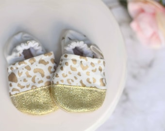 Gold leopard Baby Shoes, Baby Girl Shoes, Gold Baby Shoes, leopard Baby Shoes, Baby Shoes, Gold Booties, Baby Booties, leopard Booties,