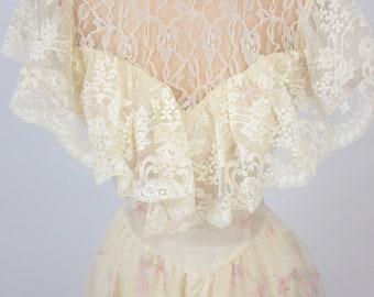 The Scarlett: vintage 1970s 1980s Gunne Sax lace floral corset bows cream pink wedding bride sweetheart prairie dress