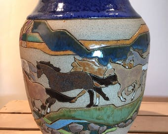 Galloping Vase with cobalt top