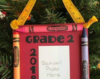 2018 Grade 2 Crayon Keepsake School Photo Ornament