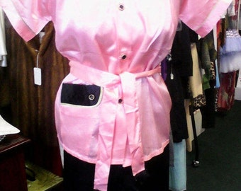 Fantastic Never Worn 50s Pink and Quilted Black Two Piece Pajama Set-S/M