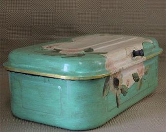 Antique Enamel Bread Holder Box - Farmhouse Decor - Shabby Chic Kitchen Decor - Enamelware - Collector Box