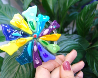 Garden Stake Flowers. Fused Glass Garden Stakes. Decor flower pot.Flower Pot Decor. Flower decor. Glass