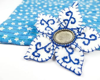 Embroidered Felt, Flower Brooch, Blue and White, Felt Lapel Pin, Flower Pin, Flower Accessory, Wedding Accessories, Lapel Pin, Felt Flower,