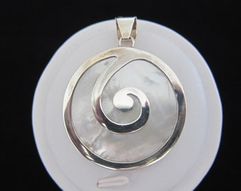 Balinese Mother of Pearl Sterling Silver Pendant (S57)