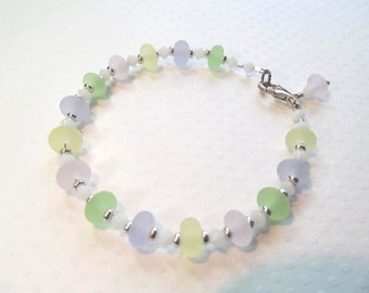 Bracelet pastel green, yellow, pale purple and pink glass lampwork beads and white crystals