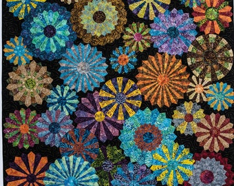 Midnight in the Garden with Friends -  Modern Dresden Quilt Pattern