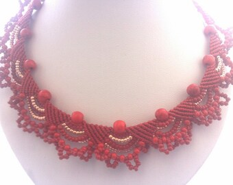 Red micromacrame necklace Macramya