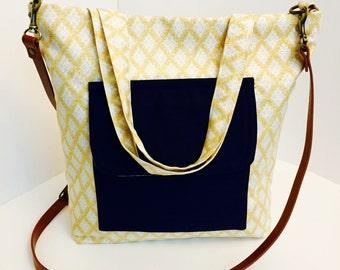Diaper baby bag, messenger diaper bag, gift for wife,  woman handbag, tote bag, baby shower gift, gift for mom, gift for her