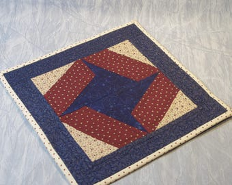 Quilted Candle Mat/Table Topper, Patriotic