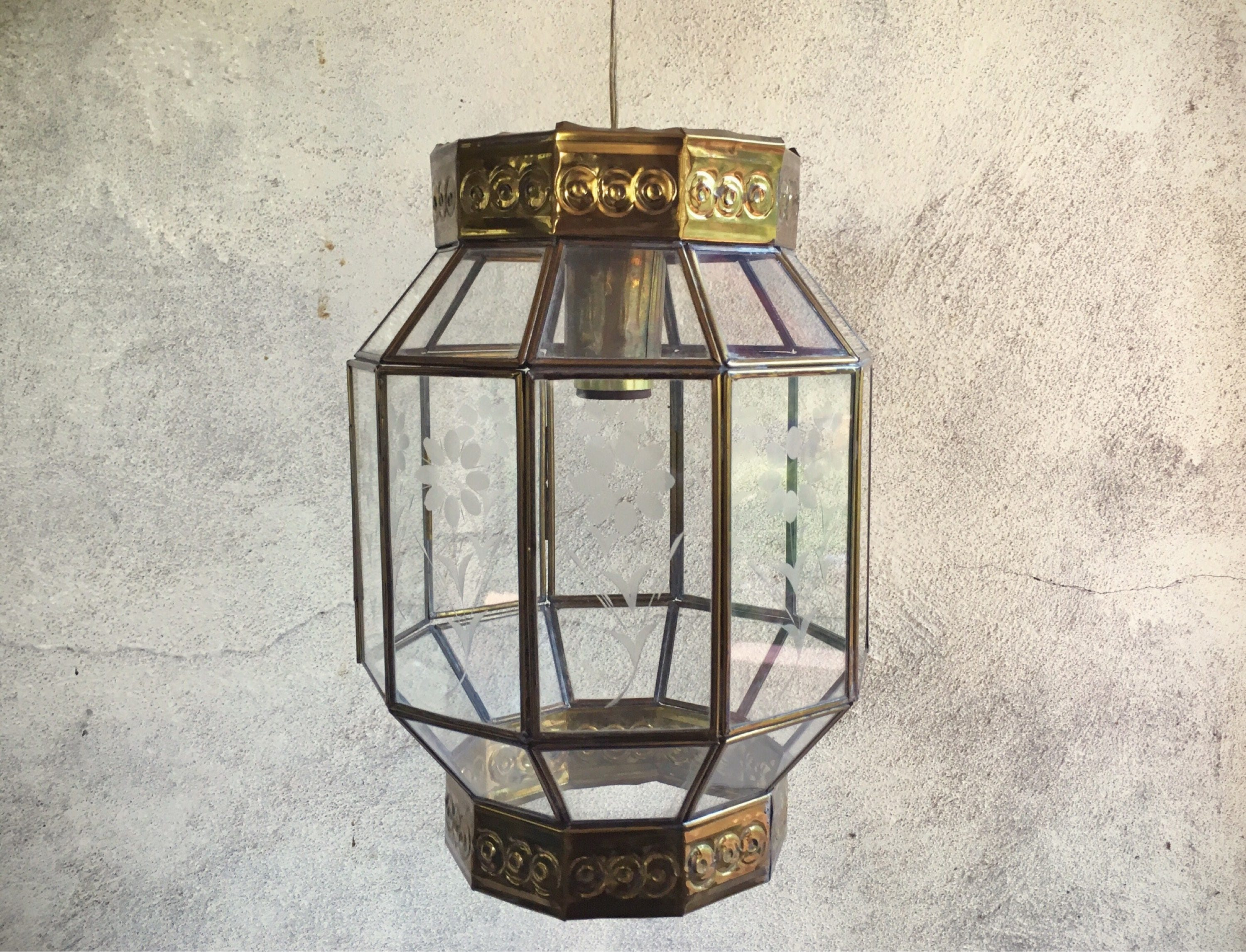 Vintage mexican etched glass brass hanging lamp bohemian decor vintage mexican etched glass brass hanging lamp bohemian decor pendant light fixture pendant lighting mexican chandelier hanging lights arubaitofo Gallery