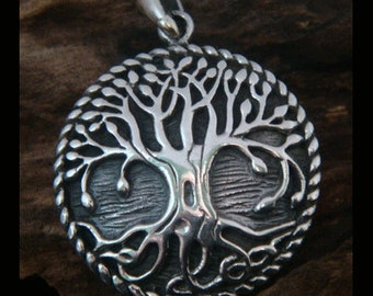 Tree of Life Necklace: Celtic Design Engravable 925 Sterling Silver Tree of Life Necklace - 25mm Tree of Life Pendant Engravable on Back 026
