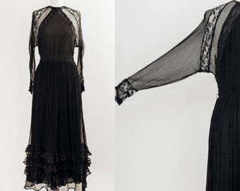 Living a Lace Dream dress || 1980s premium french lace