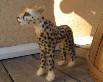 Sanaa the Cheetah, needle felted animal art sculpture