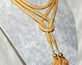 Long Bead crochet necklace gold