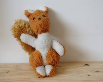 Large plush squirrel retro vintage - red Teddy rodent - blanket - vintage toy - Collection - Orange and white - arm in the air