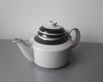 Arabia Teapot Karelia made in Finland '70