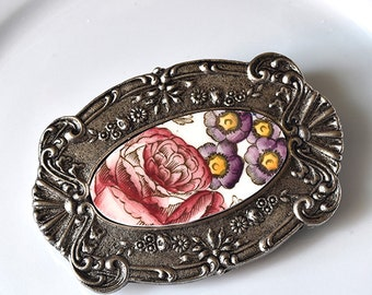 Recycled China Belt Buckle - Red Rose